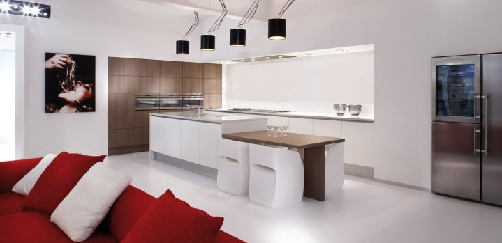 Keuken sigma luxury greeploos grando keukens bad zaandam - Ingerichte keuken met geintegreerde tafel ...