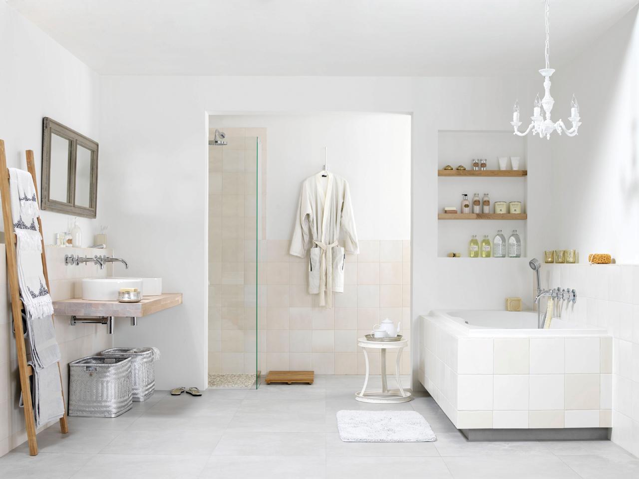 Kleine Badkamer Tegelen ~   nieuwe badkamer kopen indien u van plan bent om een nieuwe badkamer te