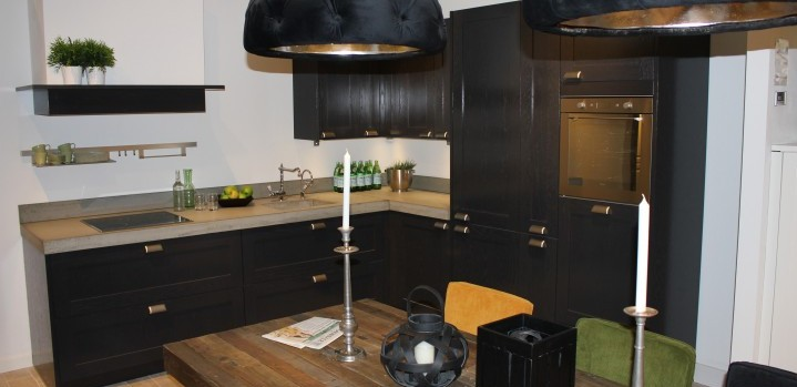 Hoekkast Keuken Afmetingen : Concreto / Showroomkeuken 21 – Grando Keukens & Bad Zaandam